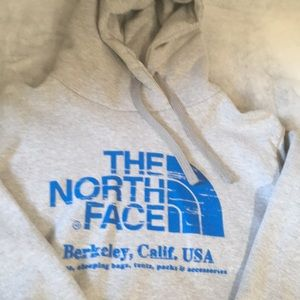 North Face Men's Hoodie Large